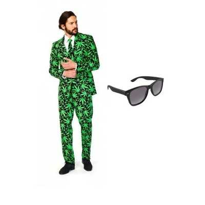 Heren feest outfit cannabis print maat 50 (l) gratis zonnebri