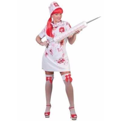Tiener verkleedkleding bloederige verpleegster